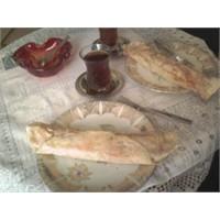 Tulum Peynirli Lavaş Ekmeği