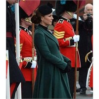 Recycle Kate: Emilia Wickstead Manto