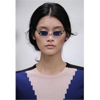 2012 Yılının En Çarpıcı Gözlükleri