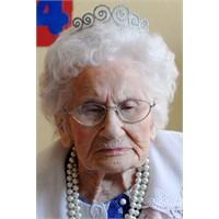En Yaşlı İnsan Kim, Kaç Yaşında?