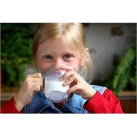 İddia: Süt İçmek Hasta Ediyor