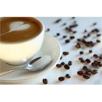 Kahvenin Fazlası Kadınlara Zarar Veriyor