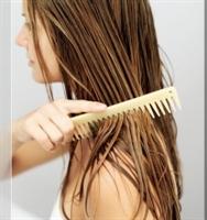 Saçlara Bitkisel Yağ Kürü