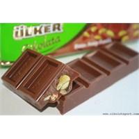 Ülker Bütün Antep Fıstıklı Sütlü Çikolata
