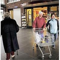 Hollanda'da Alzheimer'lılara Özel Köy Kuruldu..