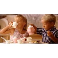 Okul Öncesi Çocuklarda Beslenme Nasıl Olmalı?
