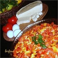 Fırında Patatesli Yumurta ( Köy Peyniri İle )