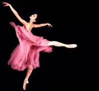 Mutlu Dansa Özlem . . .