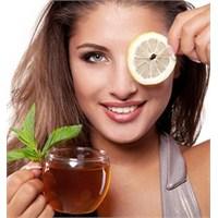 Yeşil Çay Felç Riskini Azaltıyor