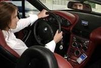 Erkekler İçin Hangi Otomobili Kullanan Kadınlar Da