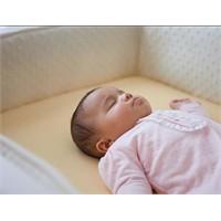 Güvenli Uyku Ani Bebek Ölümlerine Engel Olabilir