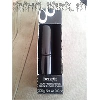 Benefit Silky- Finish Lipstick (Hold İt!)