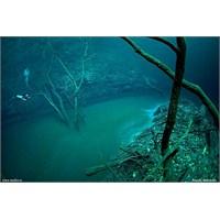 Denizin Altından Akan Nehir Ve Angelita Obruğu