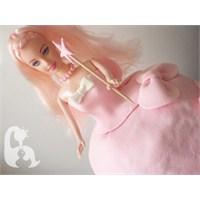 Barbie Bebek Şeklinde Pasta Nasıl Yapılır?