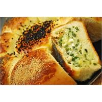 Patatesli Peynirli Ekmek