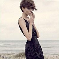 Siyah Giymeyi Sevenler İçin 5 Stil İpucu