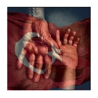 """""""Sadece Türk Ulusal Marşı Ayakta Dinlenir""""..."""