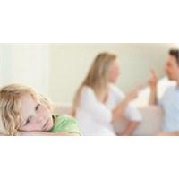 Boşanmış Anne Babanın Çocuğu Olmak Nasıl Bir Duygu
