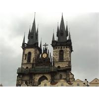 Masal Kuleleriyle Prag