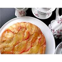 Tarçın Ve Karanfilin Aşkı - Karamelli Elmalı Kek