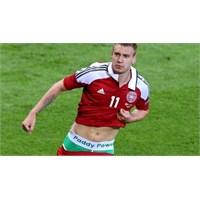 Malaga Bizi Bendtner'den Kurtar
