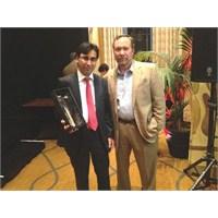 """""""Dünyada Yılın Teknolojisti"""" Ödülünü Bir Türk Aldı"""