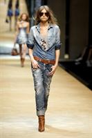 Dolce Gabbana Bayan 2010 Kreasyonu