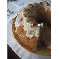 Tereyağlı Enfes Kek