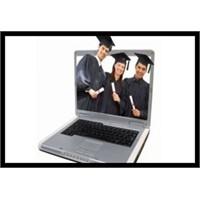 """Geleceğin Eğitim Türü:""""E-lisans"""""""
