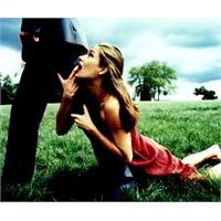Kadınların Hep Tekrarladığı İlişki Hataları