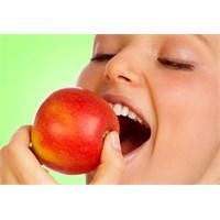 Elma Diyetiyle Haftada 5 Kilo Verin