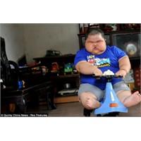 Üç Yaşında 60 Kiloda Bir Yavru: Lu Hao