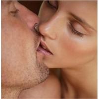 Kadınların Aşırı Cinsel İstek Duyması Normal Mi?