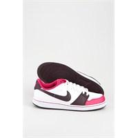 Nike Sonbahar/yaz Butikleri