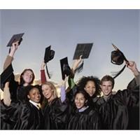 Üniversite Öğrencilerinin Stajyerliği