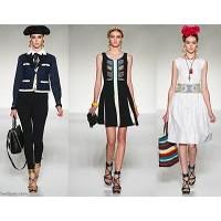Moschino 2012 İlkbahar Yaz Koleksiyonu Kadın Kıyaf