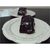 Bitter Çikolata Kaplı Mozaik Pasta