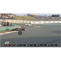 Mark Webber Çin'de Kabus Yaşamaya Devam Ediyor !!