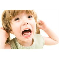 Çocuklara Şiddet Onları Daha Agresif Yapıyor