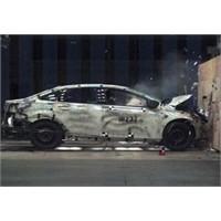 Ford Focus İle 12 Bin Kez Çarpışma Testi