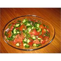 Çoban Salatası Yapılışı