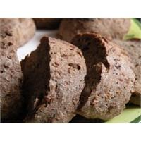 Sahurda tahıllı ekmek tüketmek önemli