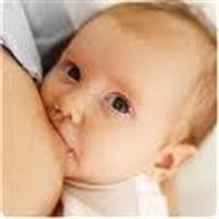 Anne Sütünü Bebekten Esirgemek