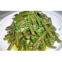 Hardal Soslu Börülce Salatası