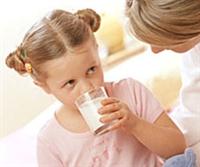 Çocuğunuza Süt İçirmek İçin 10 Etkili Yöntem.