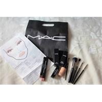 M.A.C Makyaj Eğitimi / Alışveriş
