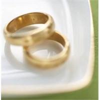 Evliliklere Sıra Dışı Bir Farklı Bakış