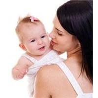 Anneler İle Kız Çocukları