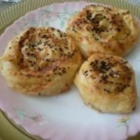 Yumuşacık Patatesli Gül Böreği