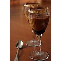 Nefis Çikolata Tabanlı Karamelli Puding Tarifi